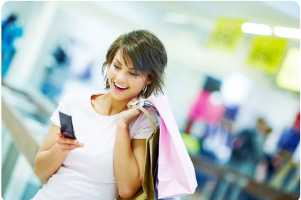 woman-with-phone-shopping