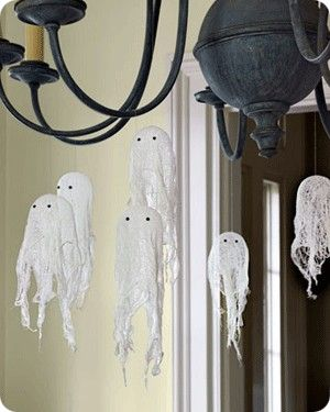halloween chandelier via craftsunleashed source related keywords suggestions for diy indoor halloween decorations