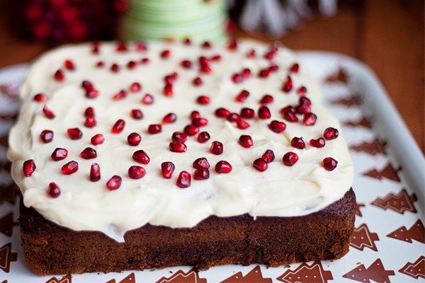 Orange Pomegranate Gingerbread Cake with Cream Cheese Frosting « The ...