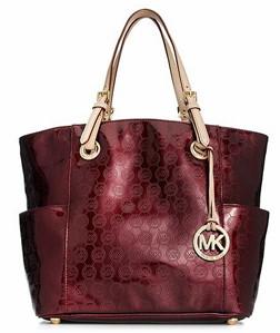 Extra 25% Off Over 2,500 Handbags at Macy's  Dooney & Bourke, Michael Kors