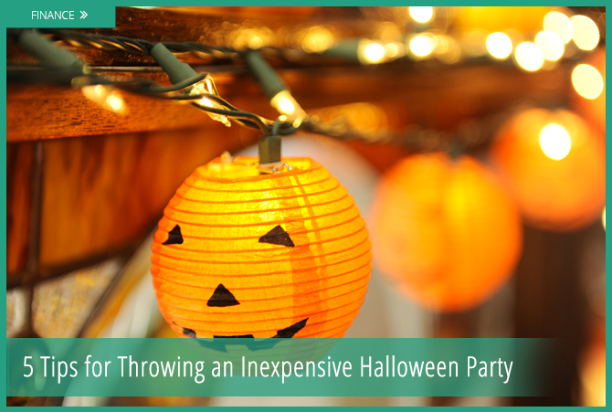 and with christmas fast approaching not everyone has the budget to throw a big halloween party - Throw A Halloween Party