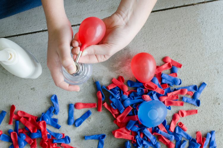 Have kids use an old lotion or soap bottle as a water balloon pump.