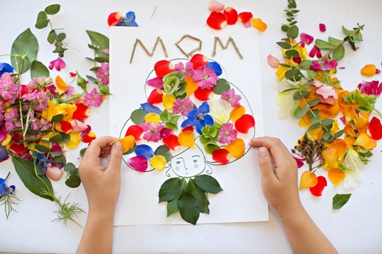 Mother Day Craft Ideas For Kids Part - 37: Motheru0027s Day Flower Art