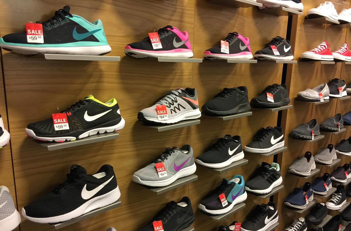 scarpe nike uomini & adidas diapositive da macy a