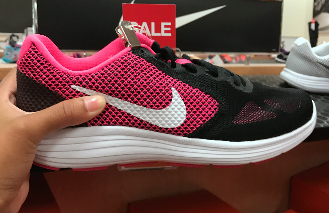 9163de90adc8a Women s Nike Revolution 3 Running Shoes