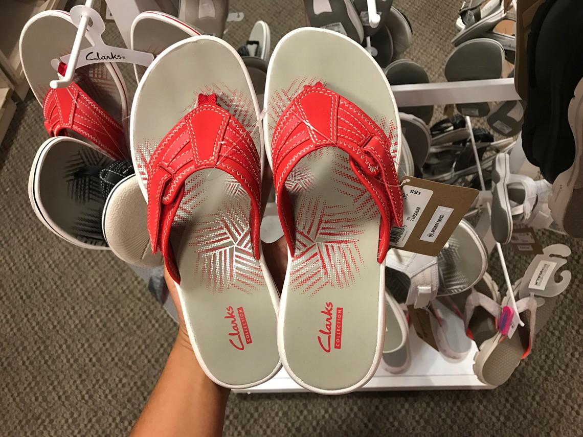42bd384433e93 Clarks Women s Flip Flops