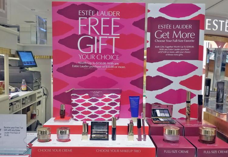 Macy's: Free 7-Piece Estée Lauder Gift Set w/ $35.00 Purchase ...