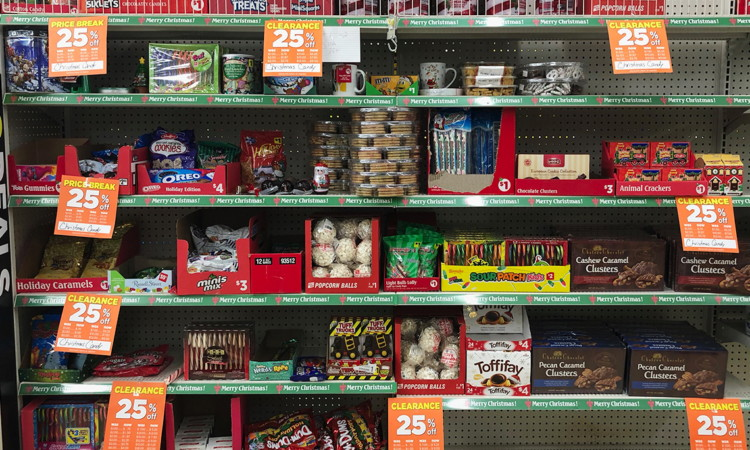 Is Dollar General Open On Christmas.Christmas Clearance 50 Off At Dollar General The Krazy