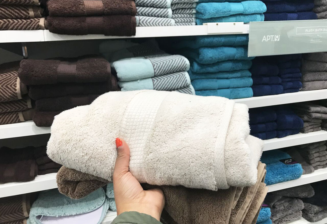 Apt 9 Plush Generously Sized Highly Absorbent Bath Towels Only 6 77 At Kohl S Reg 19 99 The Krazy Coupon Lady