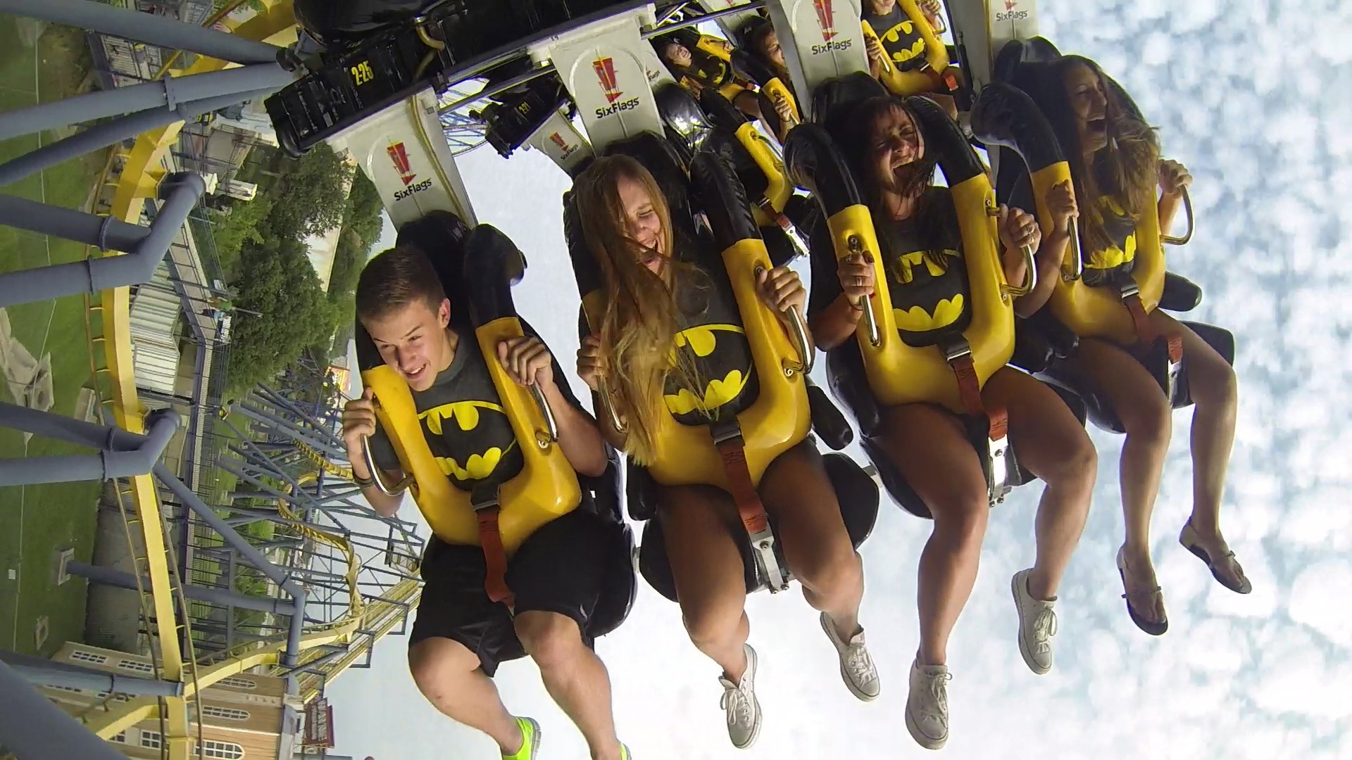 23 Six Flags Discounts & Tips That'll Save You a Ton - The Krazy