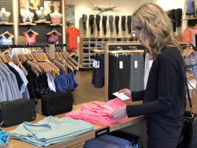 6d0f963d51d 31 Lululemon Sale Hacks to Save You a Freaking Fortune - The Krazy Coupon  Lady