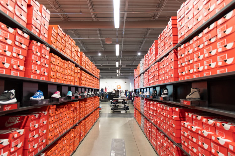 wholesale dealer a704d 1cd63 33 Insanely Smart Nike Factory Store Hacks - The Krazy Coupon Lady