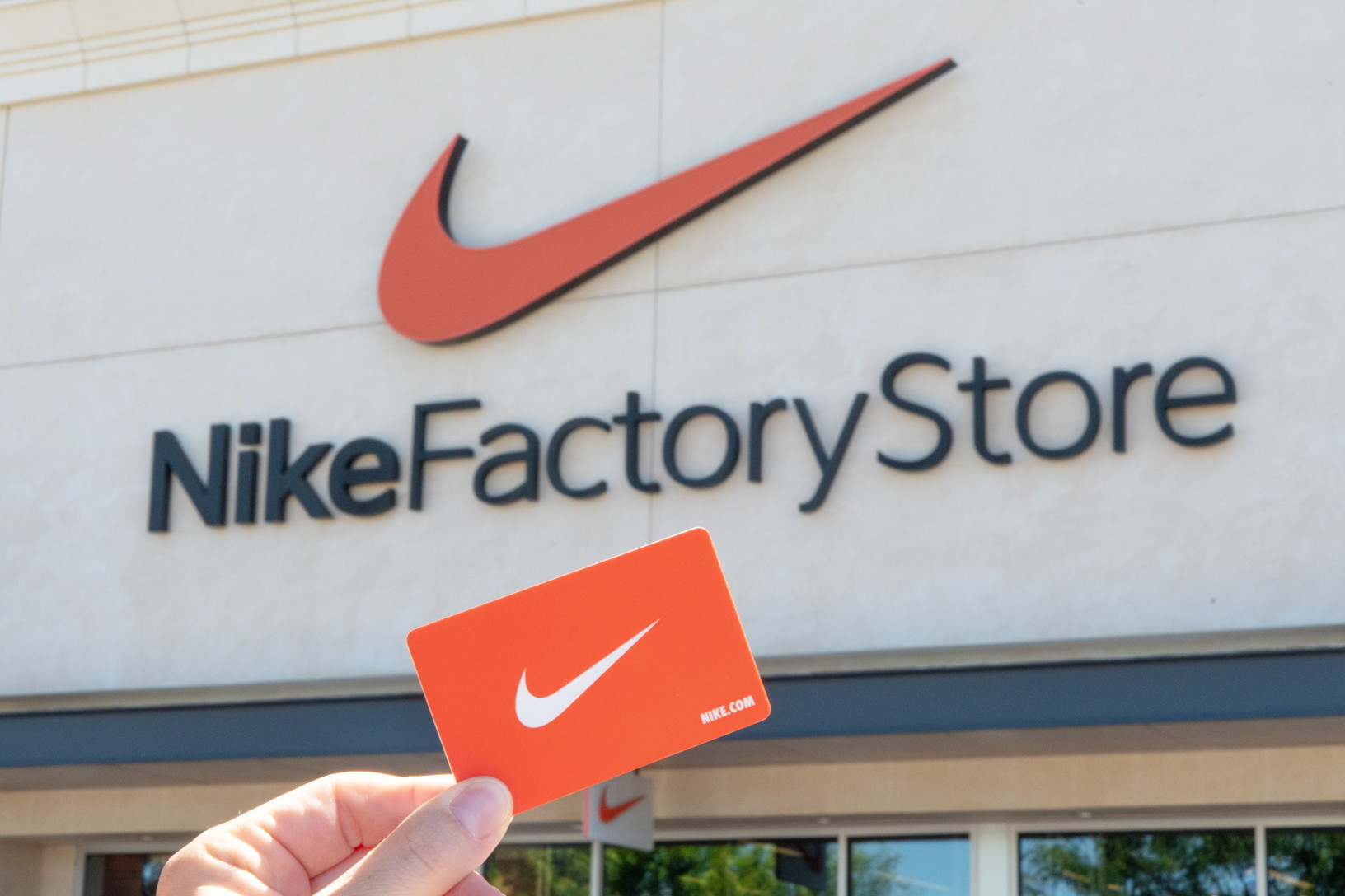 wholesale dealer d82fe 60f26 33 Insanely Smart Nike Factory Store Hacks - The Krazy Coupon Lady