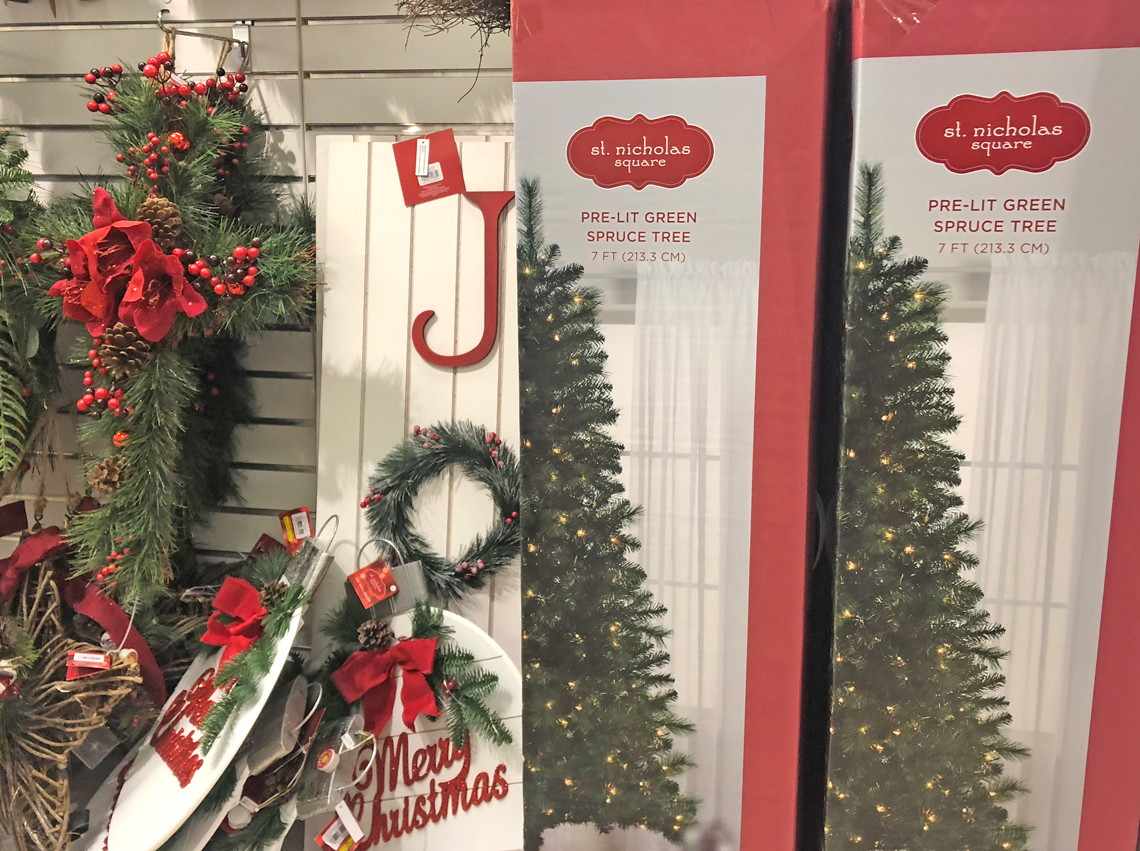 Kohls Christmas Trees.Ready For Christmas Early Savings On Trees At Kohl S