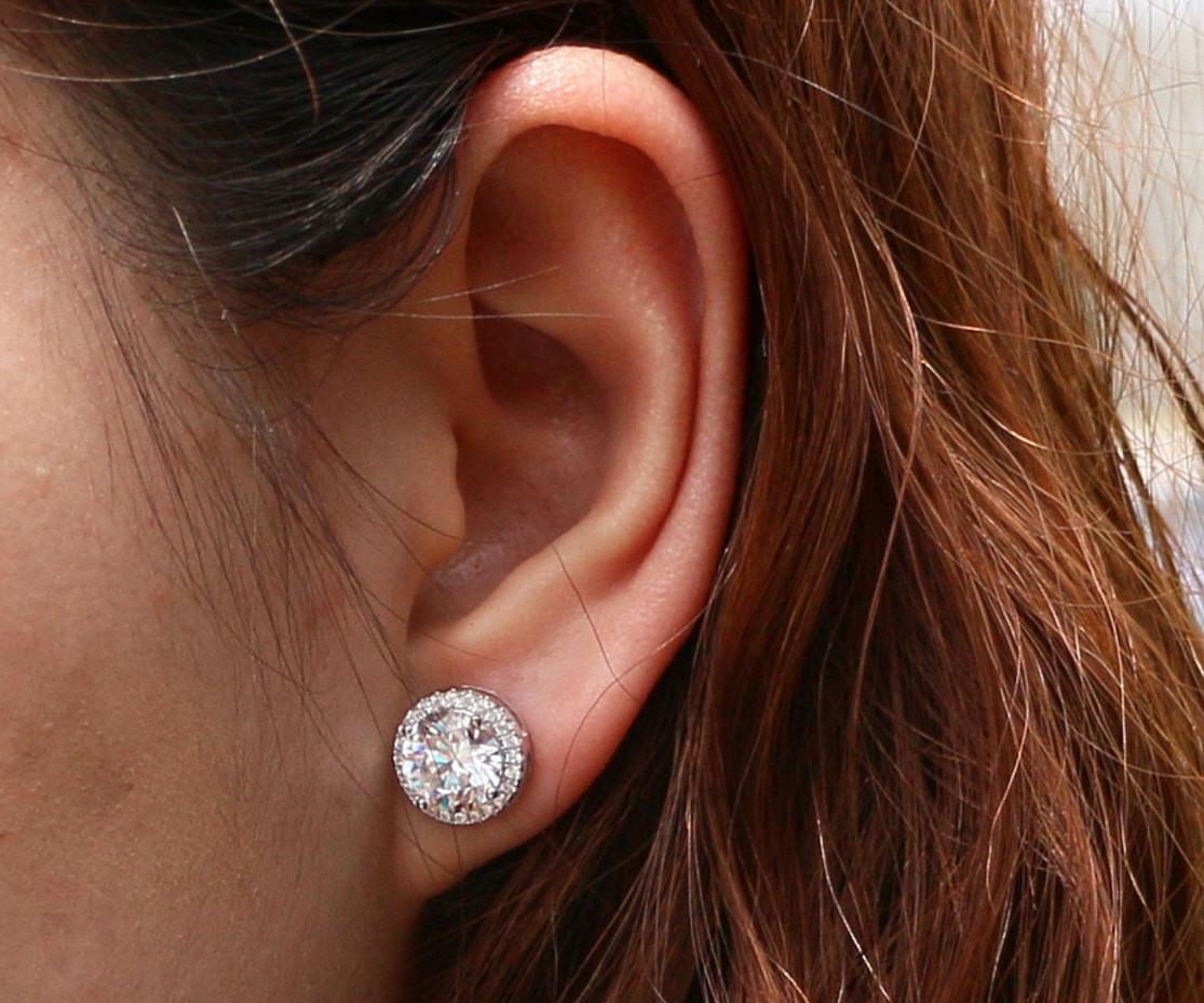 f1c01a014fd 2 Pairs of Swarovski Crystal Halo Stud Earrings